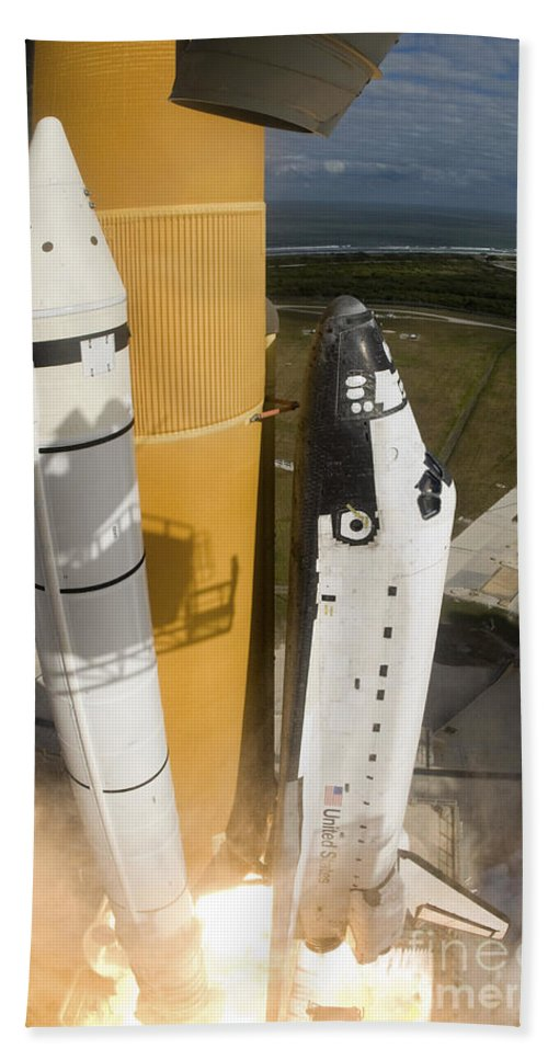 Taking Off Bath Sheet featuring the photograph Space Shuttle Atlantis Lifts by Stocktrek Images