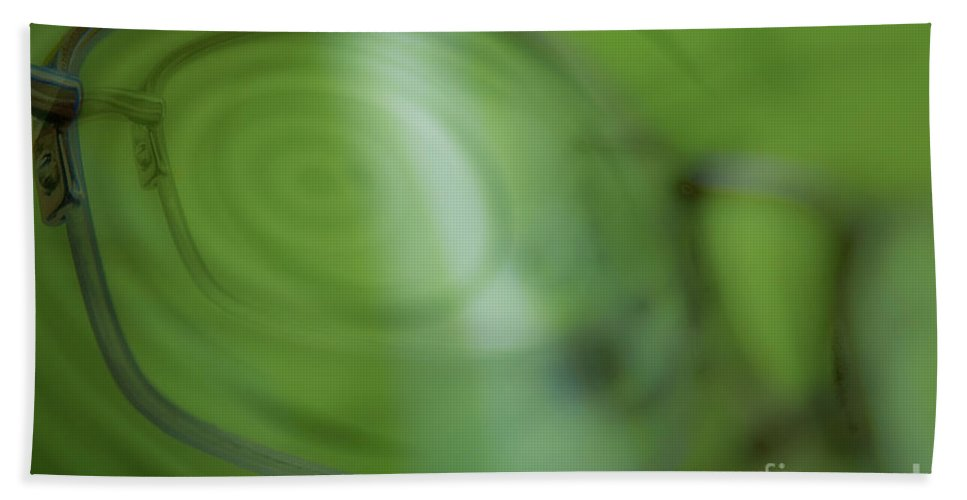 Vicki Ferrari Photography Bath Sheet featuring the photograph Spinner Vision by Vicki Ferrari Photography