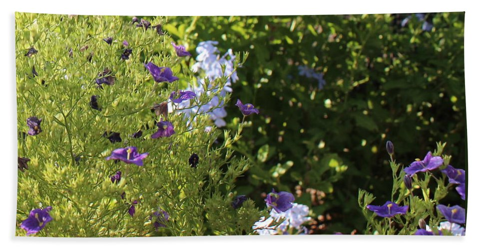 Spring Hand Towel featuring the photograph Spring Garden 2 by Kume Bryant