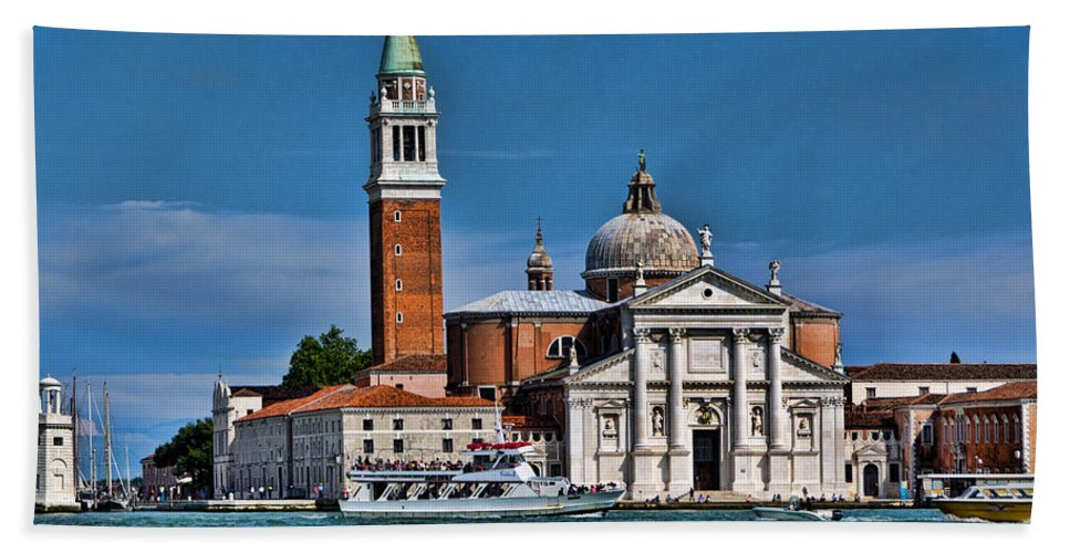 Grand Canal Hand Towel featuring the photograph St George's by Jon Berghoff