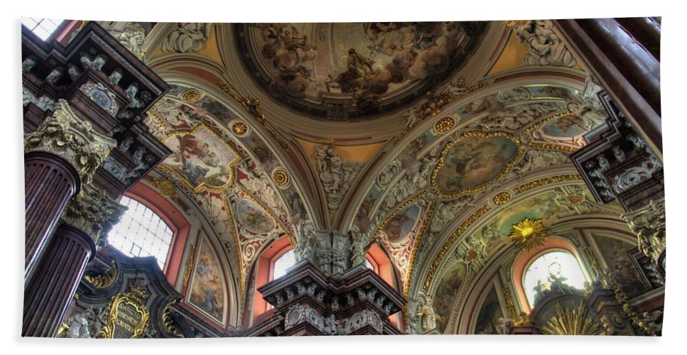 Posnan Bath Sheet featuring the photograph St Stanislaus The Bishop Church by Jon Berghoff