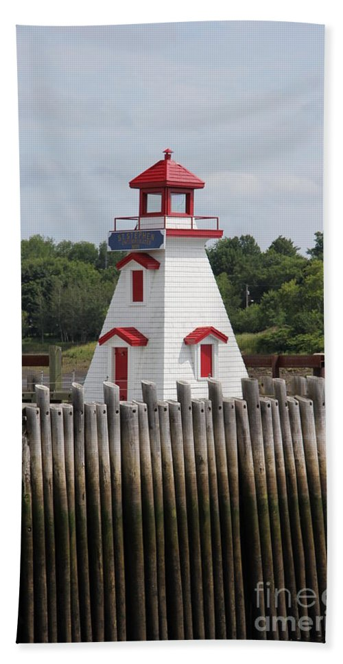 St. Stephen Lighthouses Bath Towel featuring the photograph St Stephens by Diane Greco-Lesser