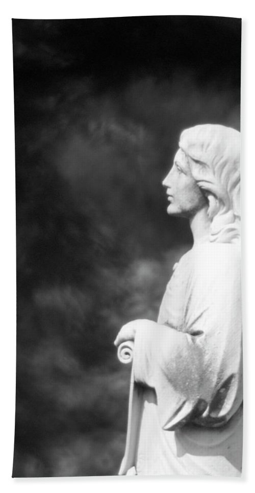 Statue Bath Sheet featuring the photograph Statue 06 Black And White by Thomas Woolworth