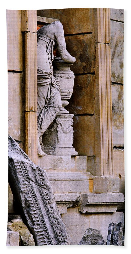 Architectural Bath Sheet featuring the photograph Statue In A Niche by Greg Matchick