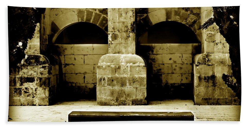 Mahon Bath Sheet featuring the photograph Stone Face - Limestone Windows Column And Bank Create A Misterious Face by Pedro Cardona Llambias
