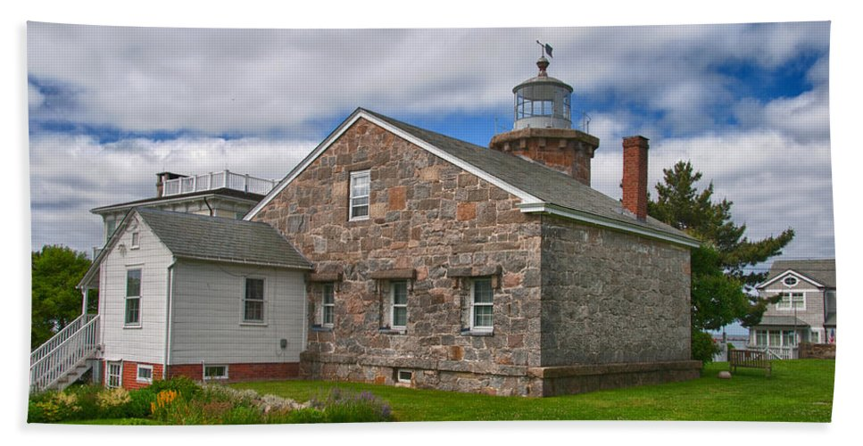 Buildings Hand Towel featuring the photograph Stonington Light by Guy Whiteley