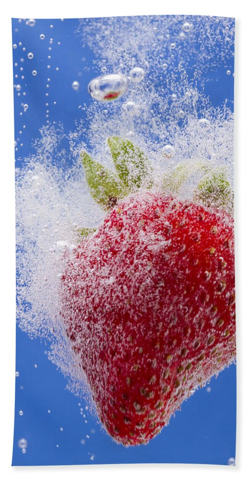 Red Hand Towel featuring the photograph Strawberry Soda Dunk 1 by John Brueske