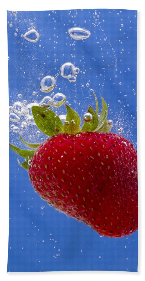 Red Hand Towel featuring the photograph Strawberry Soda Dunk 3 by John Brueske
