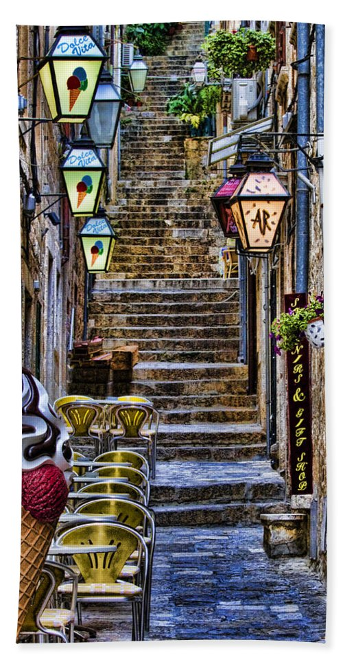 Dubrovnik Bath Sheet featuring the photograph Street Lane In Dubrovnik Croatia by David Smith