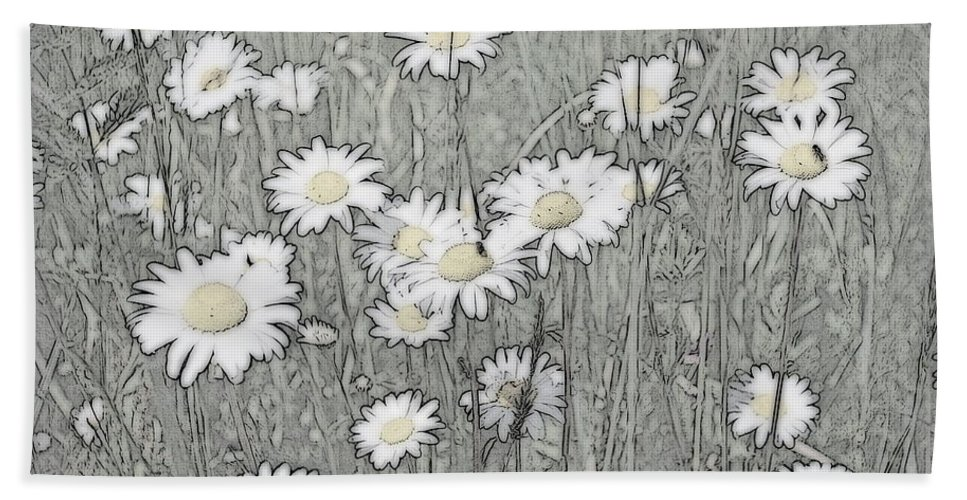 Daisey Hand Towel featuring the photograph Summer Daisies by Kathy Sampson