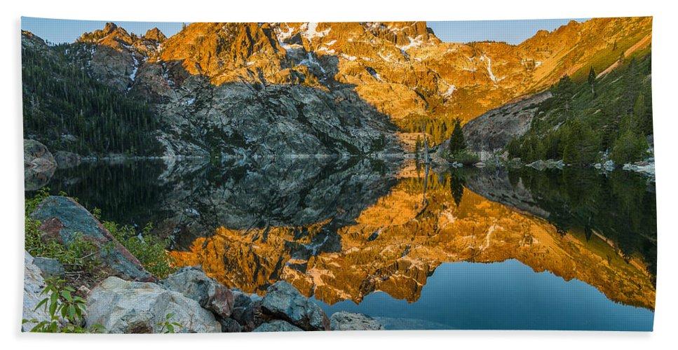 Sierra Bath Sheet featuring the photograph Sun Rises On Upper Sardine Lake by Greg Nyquist