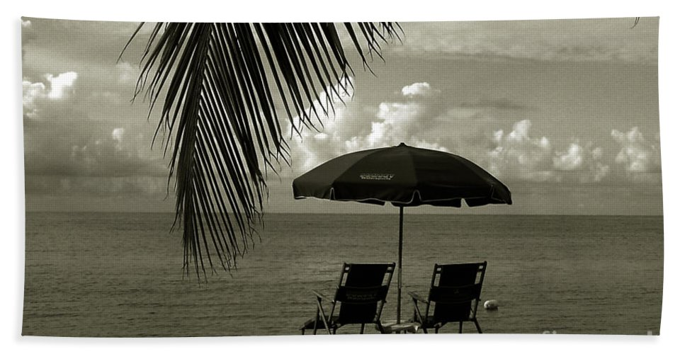 Beach Bath Sheet featuring the photograph Sunday Morning In Key West by Susanne Van Hulst