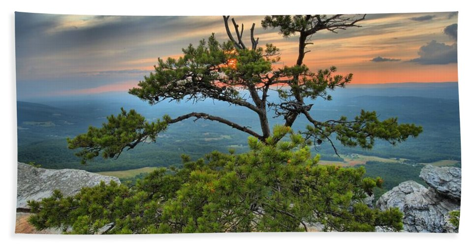 Hanging Rock State Park Hand Towel featuring the photograph Sunset At Hanging Rock by Adam Jewell