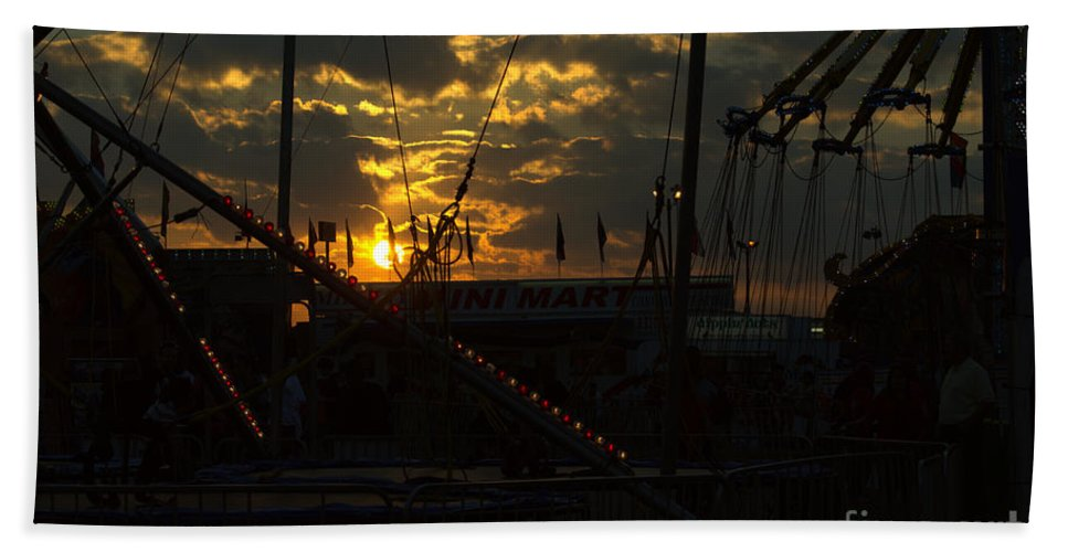 Sunset Hand Towel featuring the photograph Sunset At The Georgia State Fair by Donna Brown