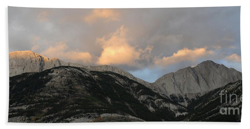 Mountains Hand Towel featuring the photograph Sunset In Jasper by Vivian Christopher
