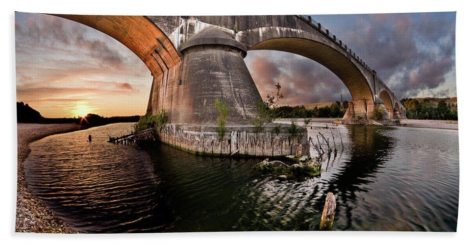 Fernbridge Bath Sheet featuring the photograph Sunset Through Fernbridge by Greg Nyquist