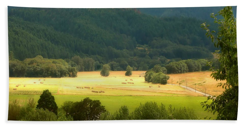 Hay Bales Bath Sheet featuring the photograph Sunshine In The Valley by Katie Wing Vigil