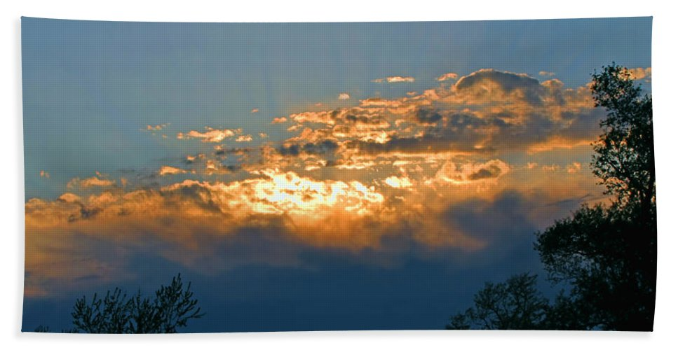 Sun Bath Sheet featuring the photograph Supreem Sunset I by Debbie Portwood