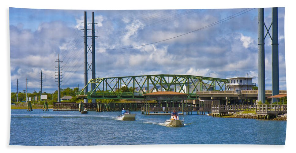 Topsail Bath Sheet featuring the photograph Surf City Swing Bridge by Betsy Knapp