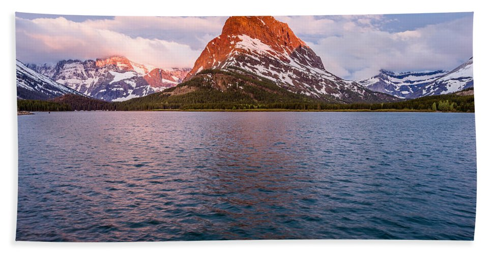Swiftcurrent Lake Hand Towel featuring the photograph Swiftcurrent Lake At Dawn by Greg Nyquist