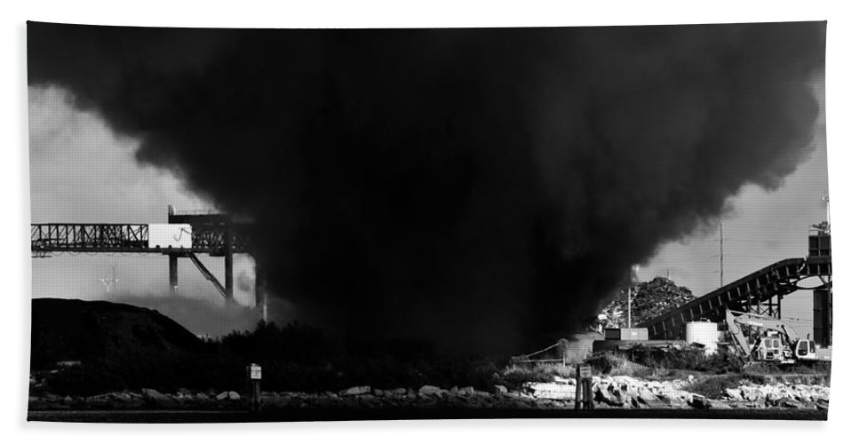 Fine Art Photography Bath Sheet featuring the photograph Tampa Tornado by David Lee Thompson