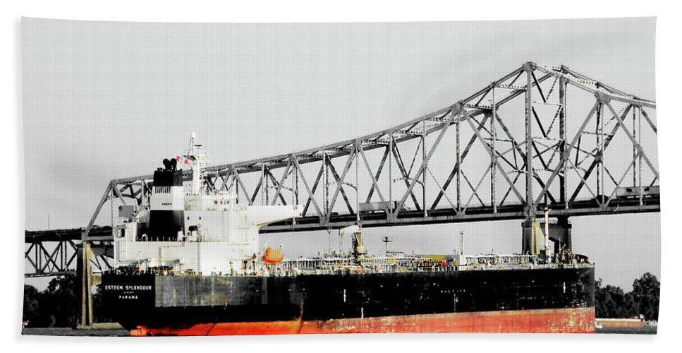 Mississippi River Bath Sheet featuring the photograph Tanker Baton Rouge by Lizi Beard-Ward
