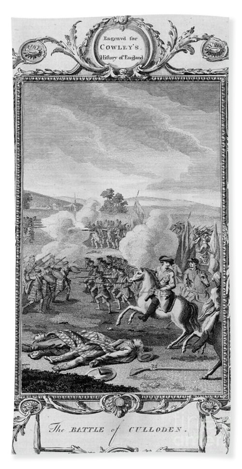 1746 Bath Sheet featuring the photograph The Battle Of Culloden by Granger