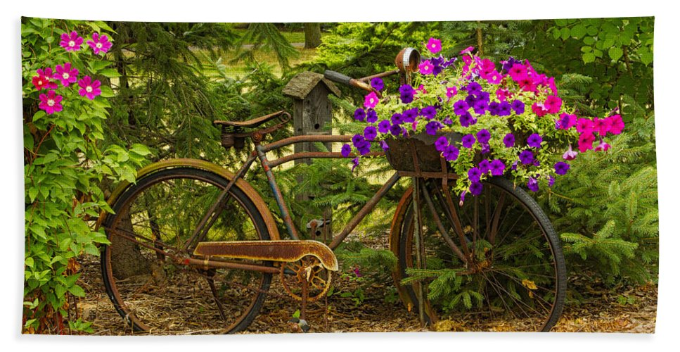 Garden Design Bath Sheet featuring the photograph The Bike Stops Here - Niagara by Marilyn Cornwell