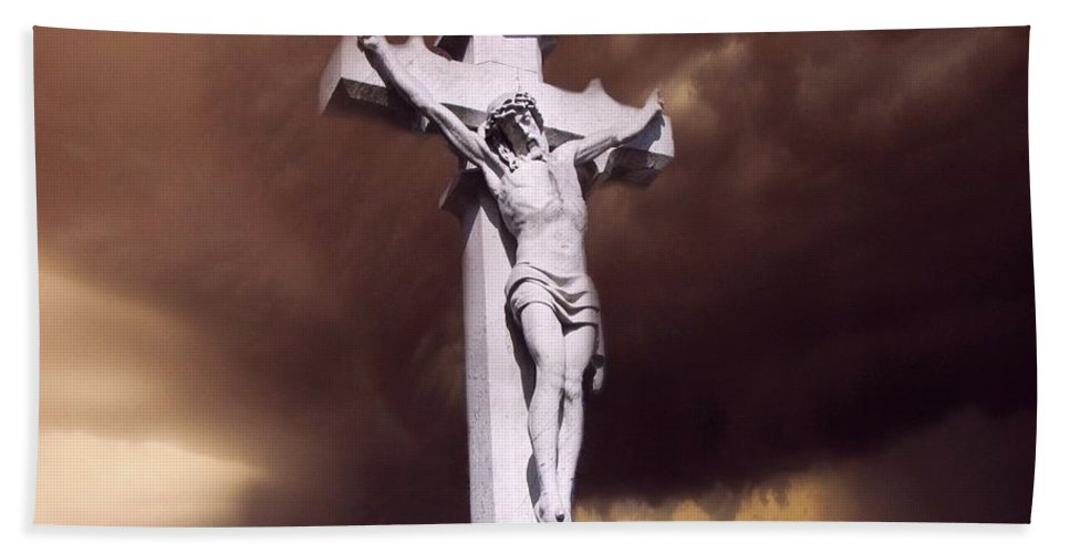 Crucifixion Hand Towel featuring the photograph The Darkest Night by David Dehner