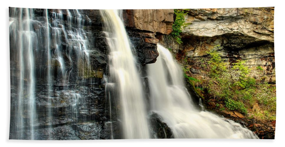 Black Water Falls Bath Sheet featuring the photograph The Face Of The Falls by Mark Dodd