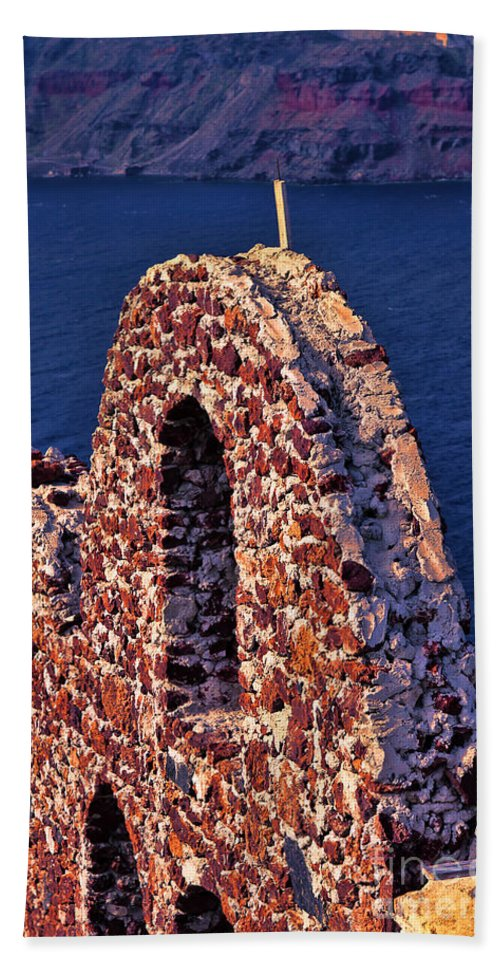 Europe Photo Bath Sheet featuring the photograph The Last Wall Standing Santorini Greece by Tom Prendergast
