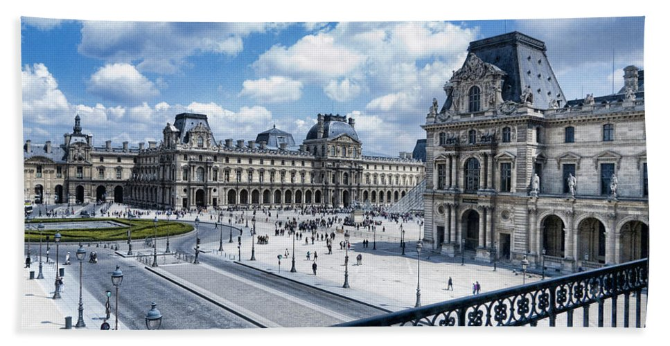 France Bath Sheet featuring the photograph The Louvre by Jon Berghoff