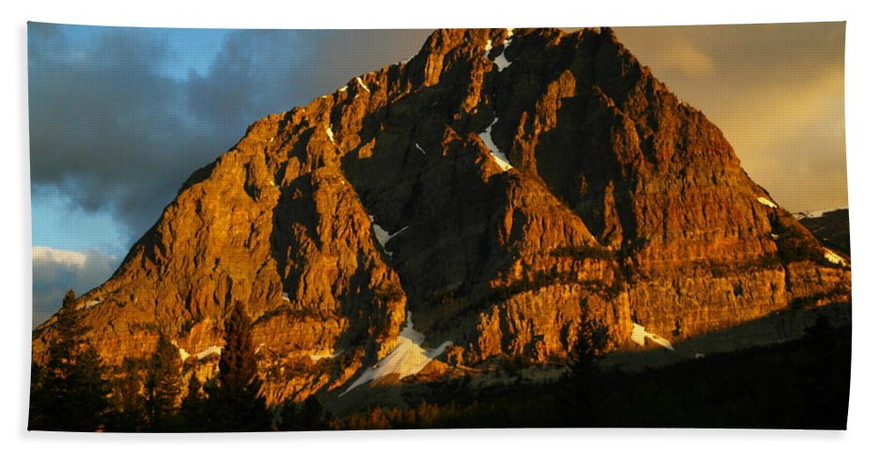 Mountains Hand Towel featuring the photograph The Mountain Says Good Morning by Jeff Swan