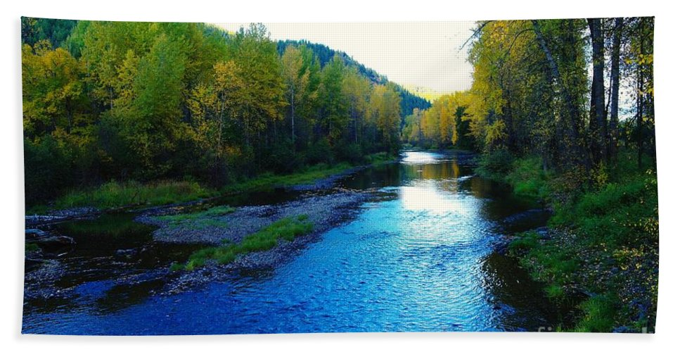 Autumn Bath Sheet featuring the photograph The Moyie River Near Yak B C by Jeff Swan