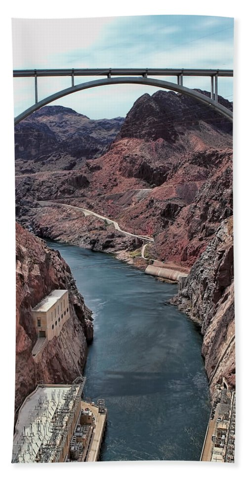 The Hoover Dam Hand Towel featuring the photograph The Pat Tillman Memorial Bridge by Tom Prendergast