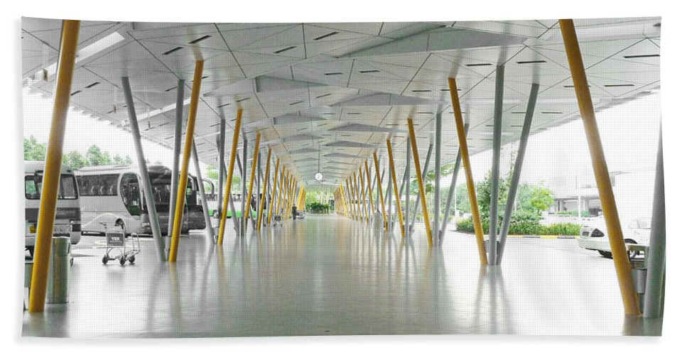 Yellow Bath Sheet featuring the photograph The Pick Up Point At Changi Airport In Singapore by Steve Taylor
