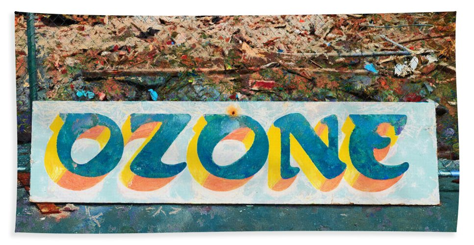 This Sign Was All That Remained After The Demolition Of The Historical Ozone Hotel Hand Towel featuring the photograph The Sign Of The Ozone by Steve Taylor