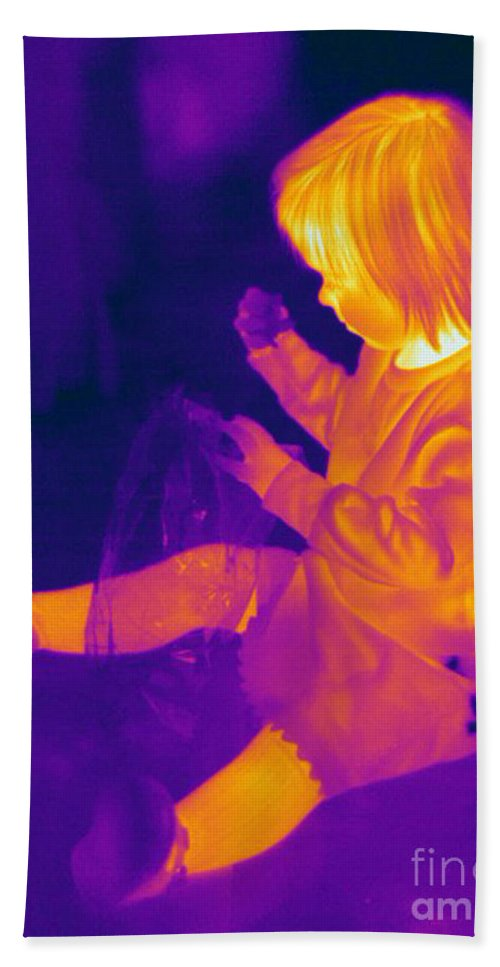 Thermogram Hand Towel featuring the photograph Thermogram Of A Young Girl by Ted Kinsman