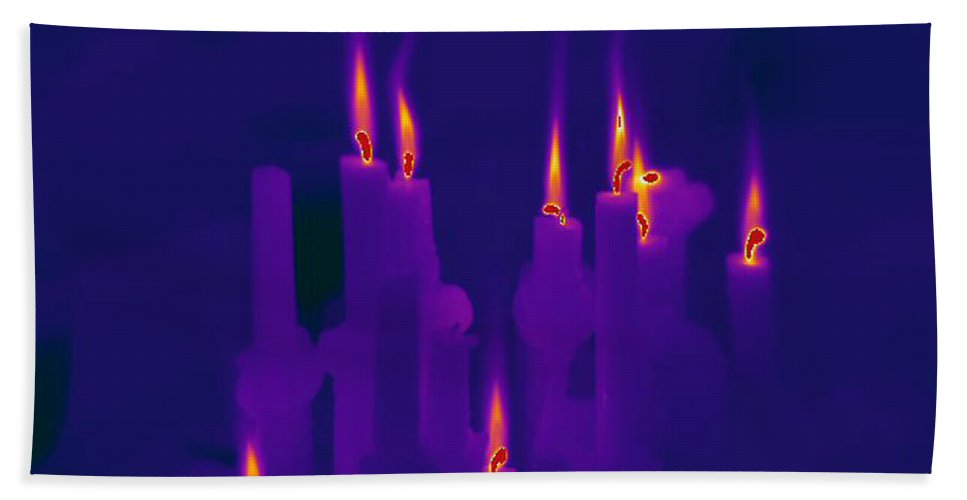Thermogram Hand Towel featuring the photograph Thermogram Of Candles by Ted Kinsman