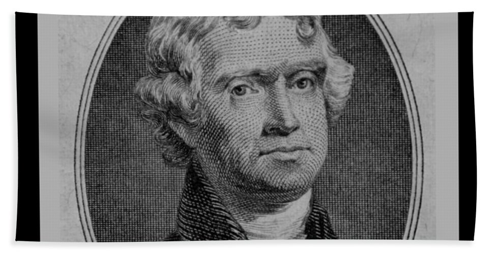 Thomas Jefferson Bath Sheet featuring the photograph Thomas Jefferson In Black And White by Rob Hans