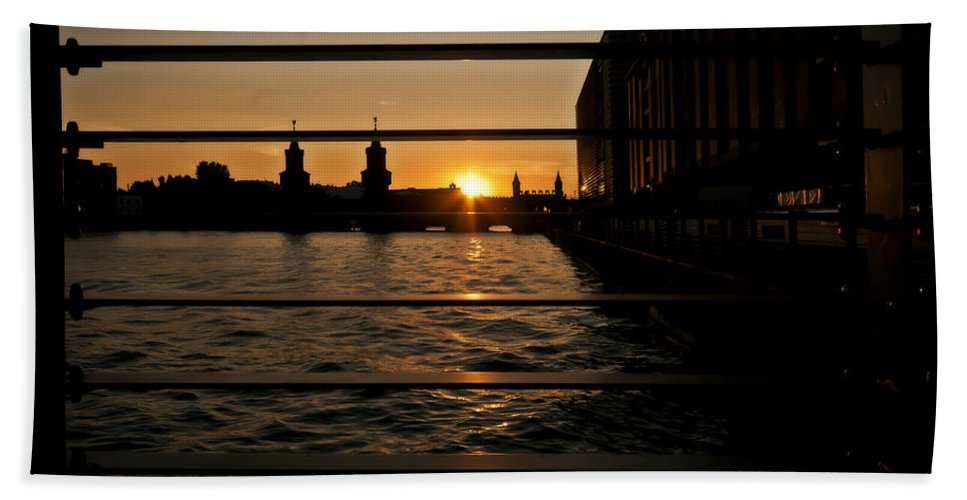 Architecture Bath Sheet featuring the photograph Through The Rails by Nathan Wright