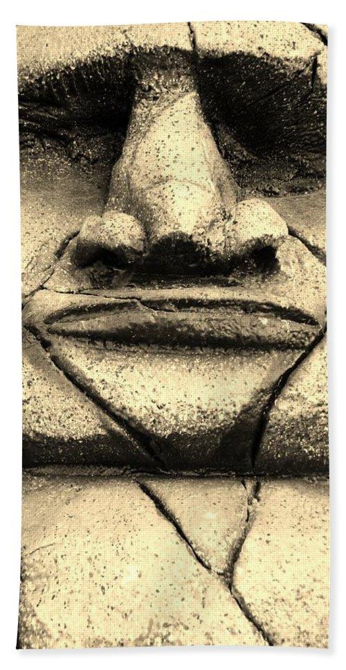 Easter Island Bath Sheet featuring the photograph Tiki Dude by Rob Hans