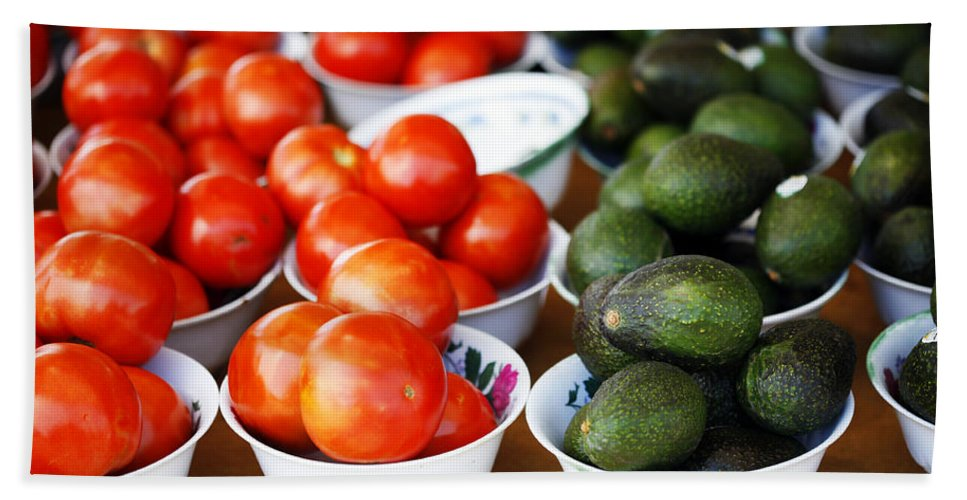 Tomato Bath Sheet featuring the photograph Tomato Y Avacado by Marilyn Hunt