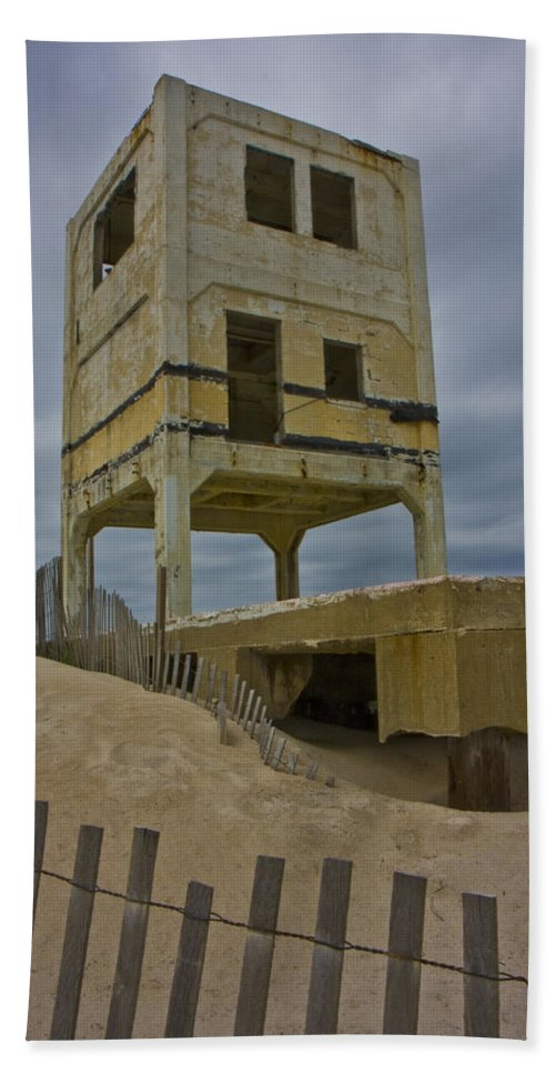 Topsail Bath Sheet featuring the photograph Topsail Island Observation Tower 6 by Betsy Knapp
