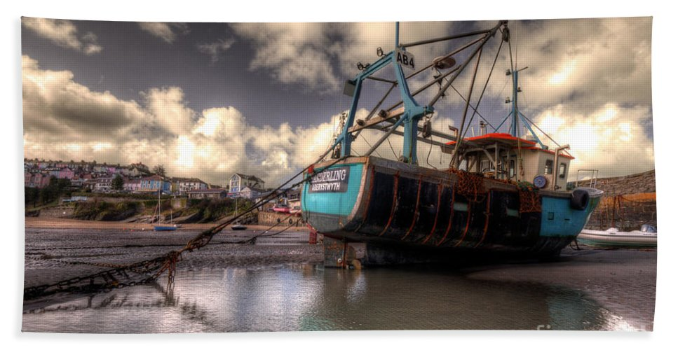 Bath Sheet featuring the photograph Trawler At New Quay by Rob Hawkins