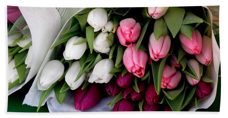 Tulips Bath Sheet featuring the photograph Tulip Bouquet by Lainie Wrightson
