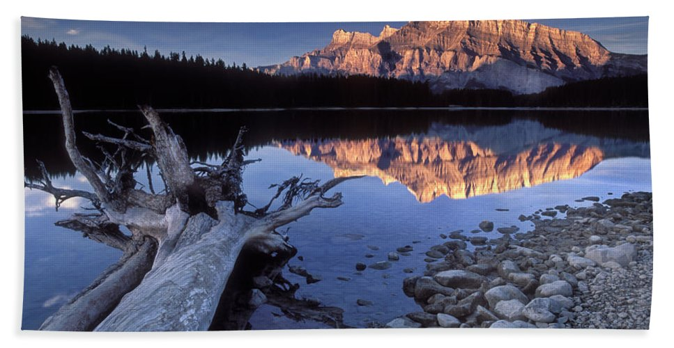 Two Jack Lake Bath Sheet featuring the photograph Two Jack Lake Banff Canada by Dave Mills