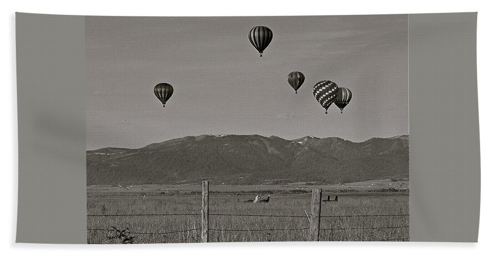 Balloons Hand Towel featuring the photograph Unconcerned Lamas by Eric Tressler