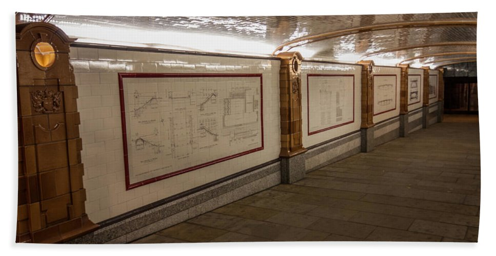 Southwark Bridge Hand Towel featuring the photograph Under Southwark Bridge by Dawn OConnor