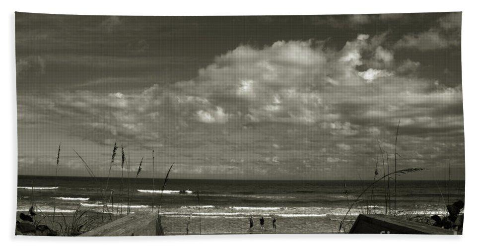 Beach Bath Sheet featuring the photograph Vamos A La Playa by Susanne Van Hulst